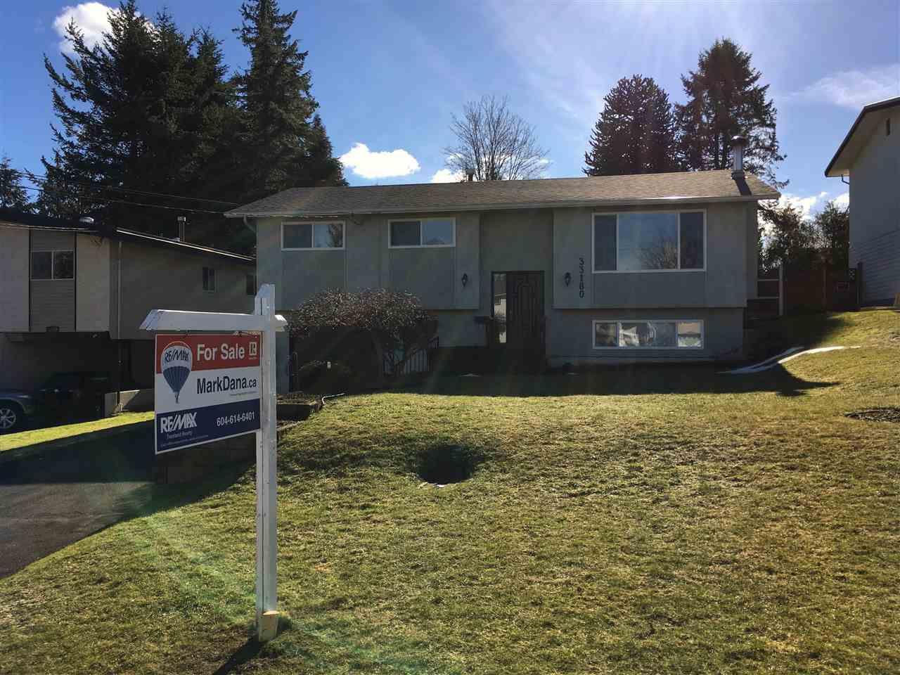 Main Photo: 33180 HAWTHORNE Avenue in Abbotsford: Poplar House for sale : MLS®# R2138992