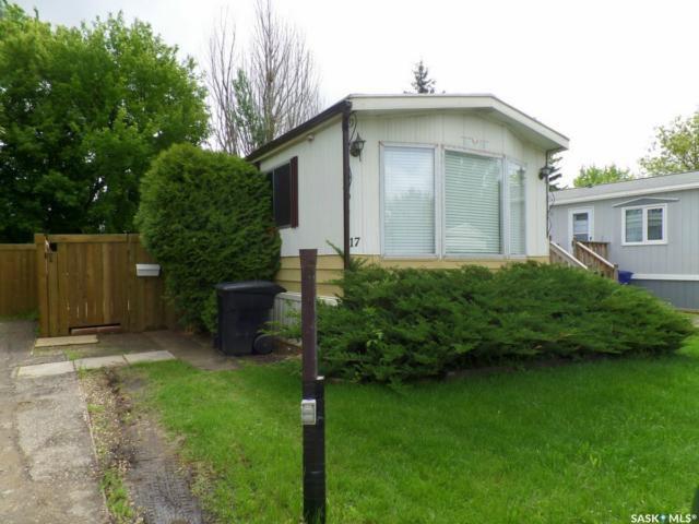 Main Photo: 17 1035 Boychuk Drive in Saskatoon: East College Park Residential for sale : MLS®# SK756939