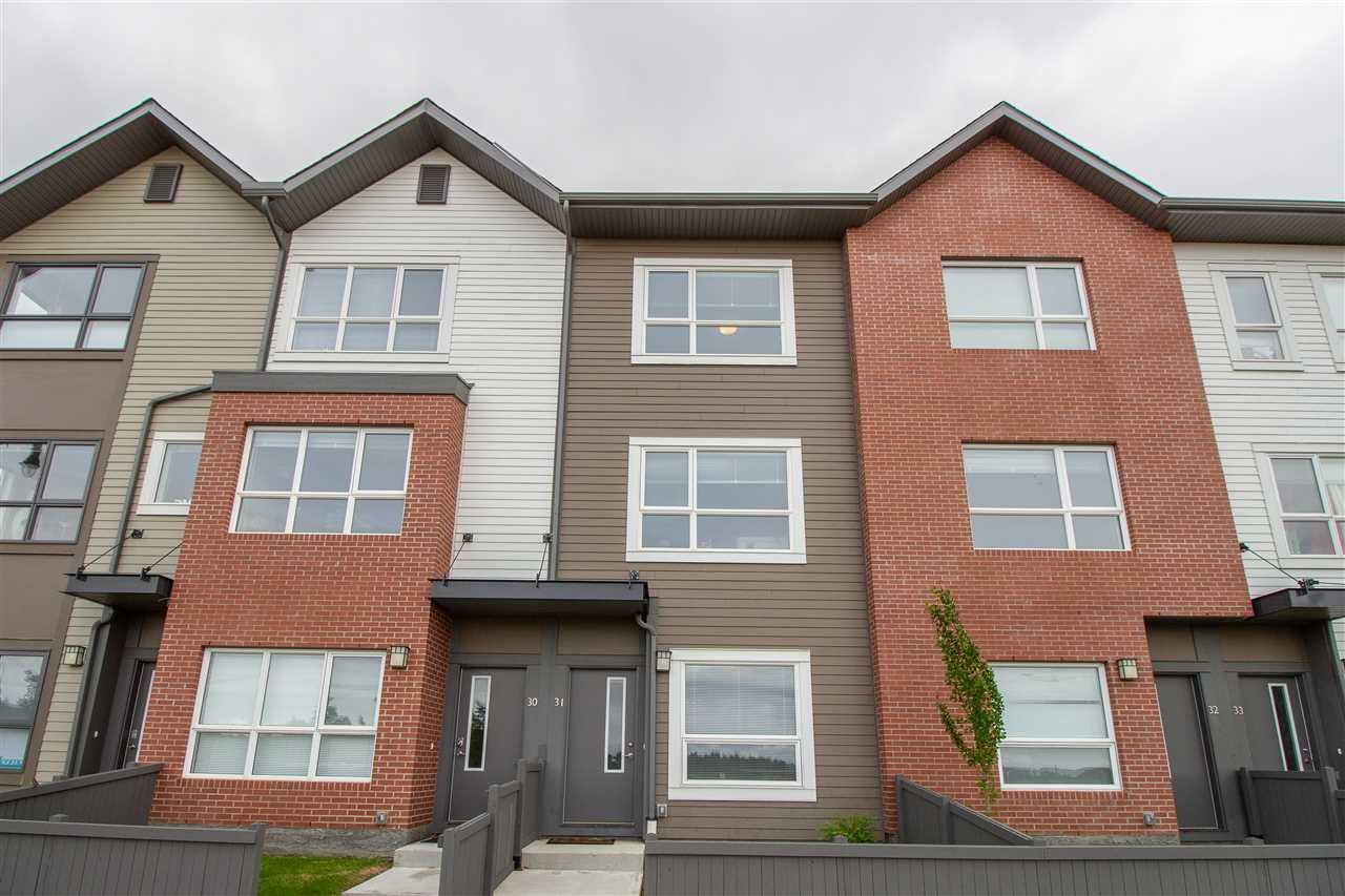 Main Photo: 31 2560 PEGASUS Boulevard in Edmonton: Zone 27 Townhouse for sale : MLS®# E4161118