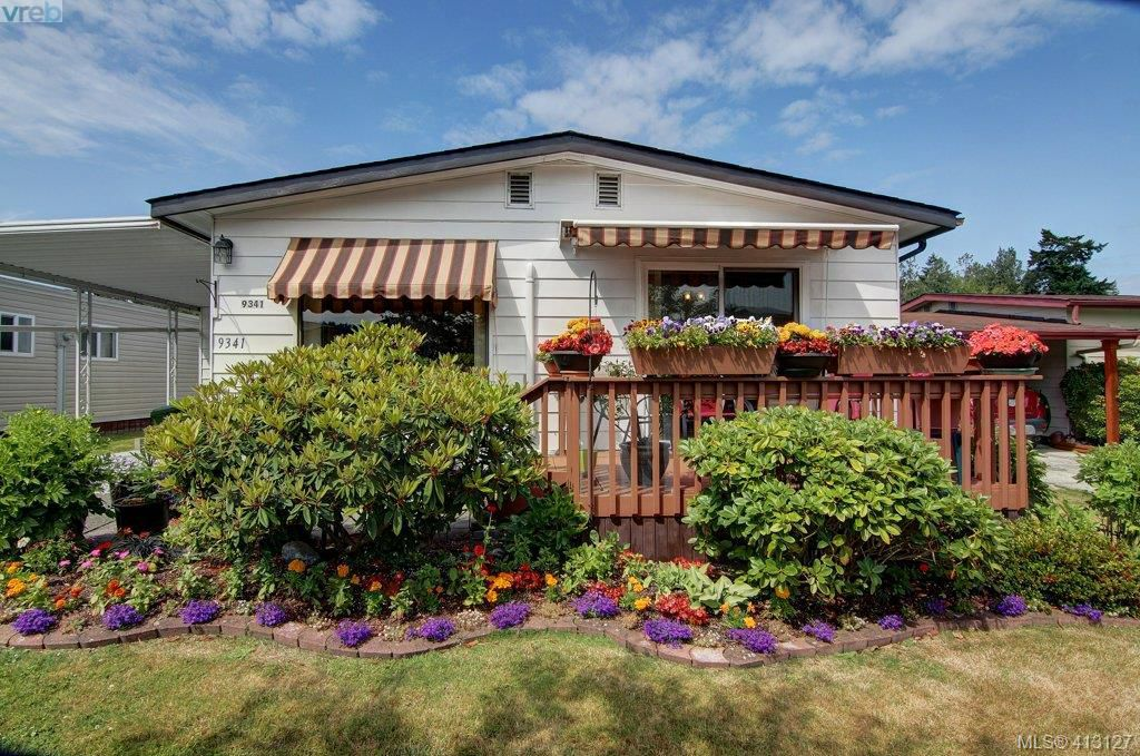 Main Photo: 9341 Trailcreek Drive in SIDNEY: Si Sidney South-West Manu Double-Wide for sale (Sidney)  : MLS®# 413127