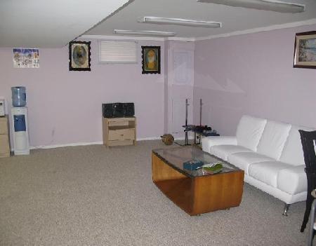 Photo 8: Photos: 27 DEERING CL in WINNIPEG: Residential for sale (Valley Gardens)  : MLS®# 2919201