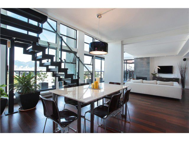 Main Photo: 707 428 W 8TH Avenue in Vancouver: Mount Pleasant VW Condo for sale (Vancouver West)  : MLS®# V970989