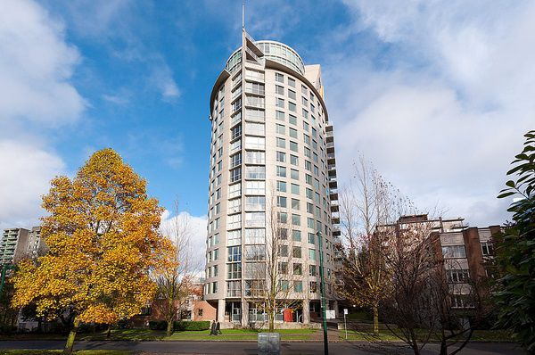 "Main Photo: 606 1277 NELSON Street in Vancouver: West End VW Condo for sale in ""The Jetson"" (Vancouver West)  : MLS®# R2076127"