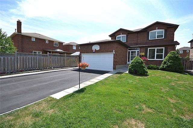 Main Photo: Marie Commisso Vaughan Real Estate46 Belmont Crest in Vaughan: Maple House for sale N3555601