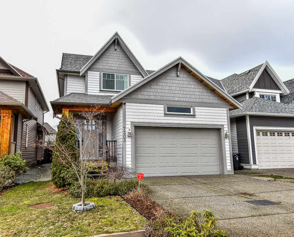 Main Photo: 7303 199 Street in Langley: Willoughby Heights House for sale : MLS®# R2132774
