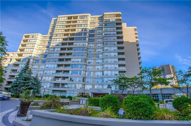 Main Photo: 406 11 Townsgate Drive in Vaughan: Crestwood-Springfarm-Yorkhill Condo for sale : MLS®# N3947232