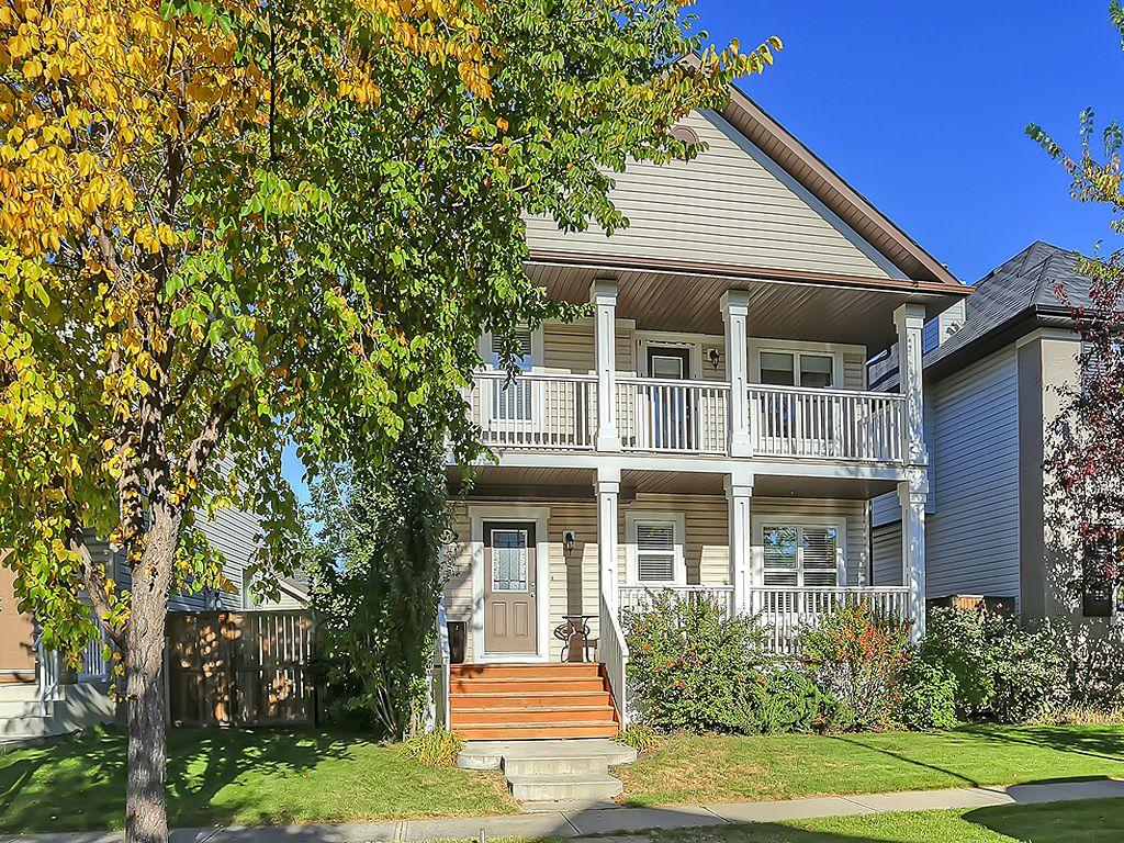 Main Photo: 118 Elgin Drive SE in Calgary: Detached for sale : MLS®# C4082409