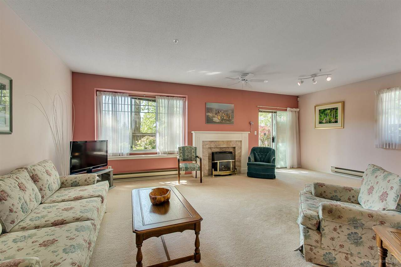 Main Photo: 9 6530 CHAMBORD Place in Vancouver: Killarney VE Townhouse for sale (Vancouver East)  : MLS®# R2303049