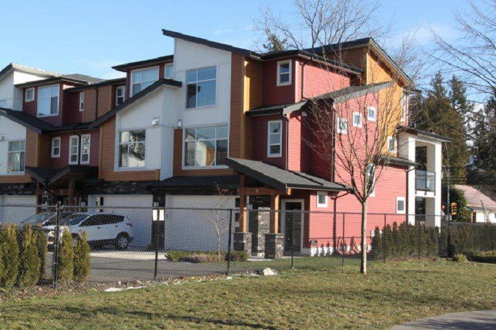 "Main Photo: 8 46570 MACKEN Avenue in Chilliwack: Chilliwack N Yale-Well Townhouse for sale in ""PARKSIDE PLACE"" : MLS®# R2338876"
