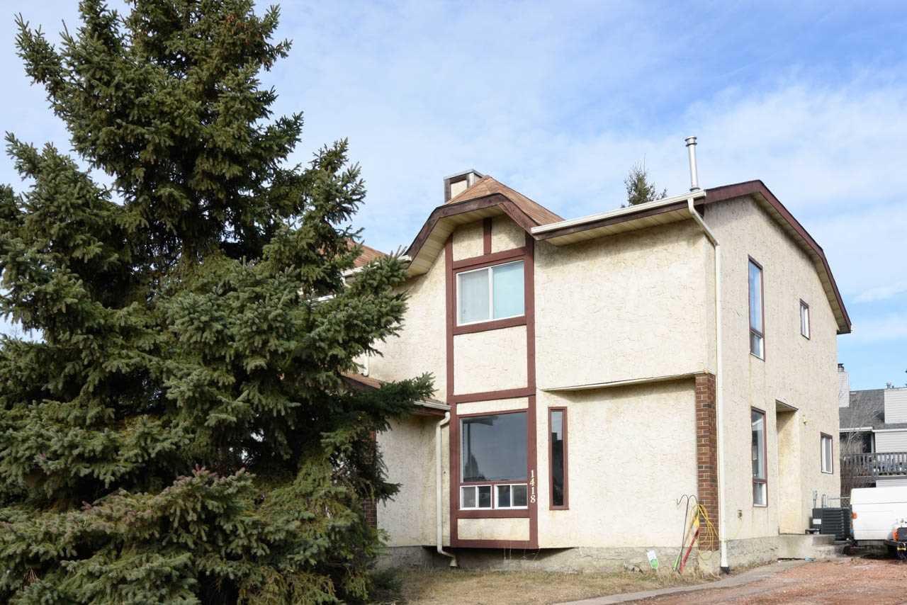 Main Photo: 1418 39 Street in Edmonton: Zone 29 House Half Duplex for sale : MLS®# E4152087