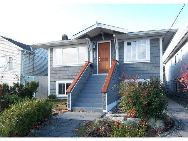 Main Photo: 4605 ELGIN Street in Vancouver: Fraser VE House for sale (Vancouver East)  : MLS®# V919859