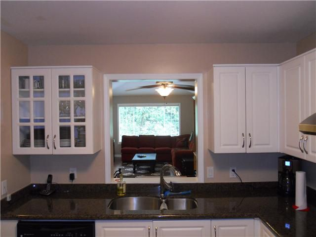 """Main Photo: # 309 6860 RUMBLE ST in Burnaby: South Slope Condo for sale in """"GOVERNOR'S WALK"""" (Burnaby South)  : MLS®# V954675"""
