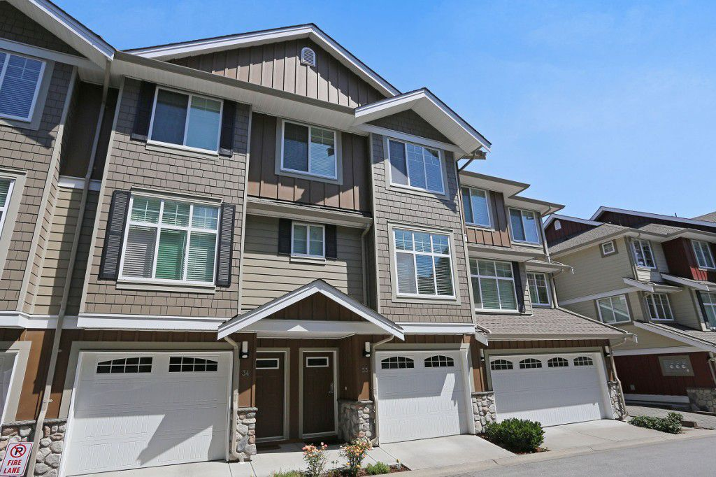 """Main Photo: 33 3009 156TH Street in Surrey: Grandview Surrey Townhouse for sale in """"KALLISTO"""" (South Surrey White Rock)  : MLS®# F1444540"""
