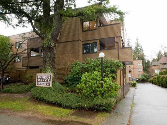 """Main Photo: 106 3275 MOUNTAIN Highway in North Vancouver: Lynn Valley Condo for sale in """"Hastings Manor"""" : MLS®# V1143213"""
