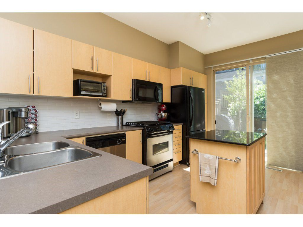 "Photo 6: Photos: 119 15152 62A Avenue in Surrey: Sullivan Station Townhouse for sale in ""UPLANDS"" : MLS®# R2095709"