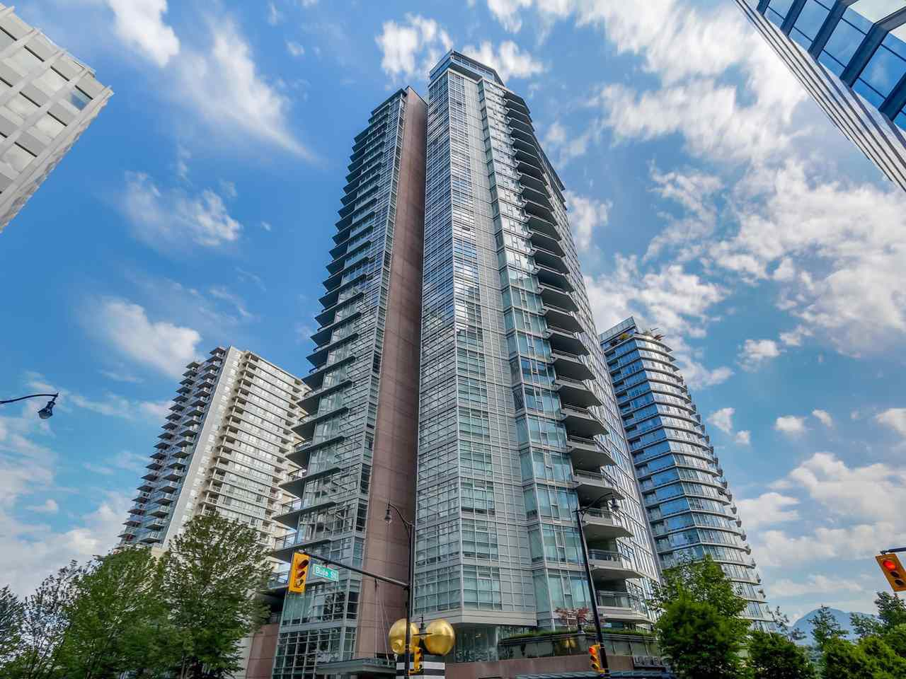 """Main Photo: 404 1205 W HASTINGS Street in Vancouver: Coal Harbour Condo for sale in """"CIELO"""" (Vancouver West)  : MLS®# R2128643"""