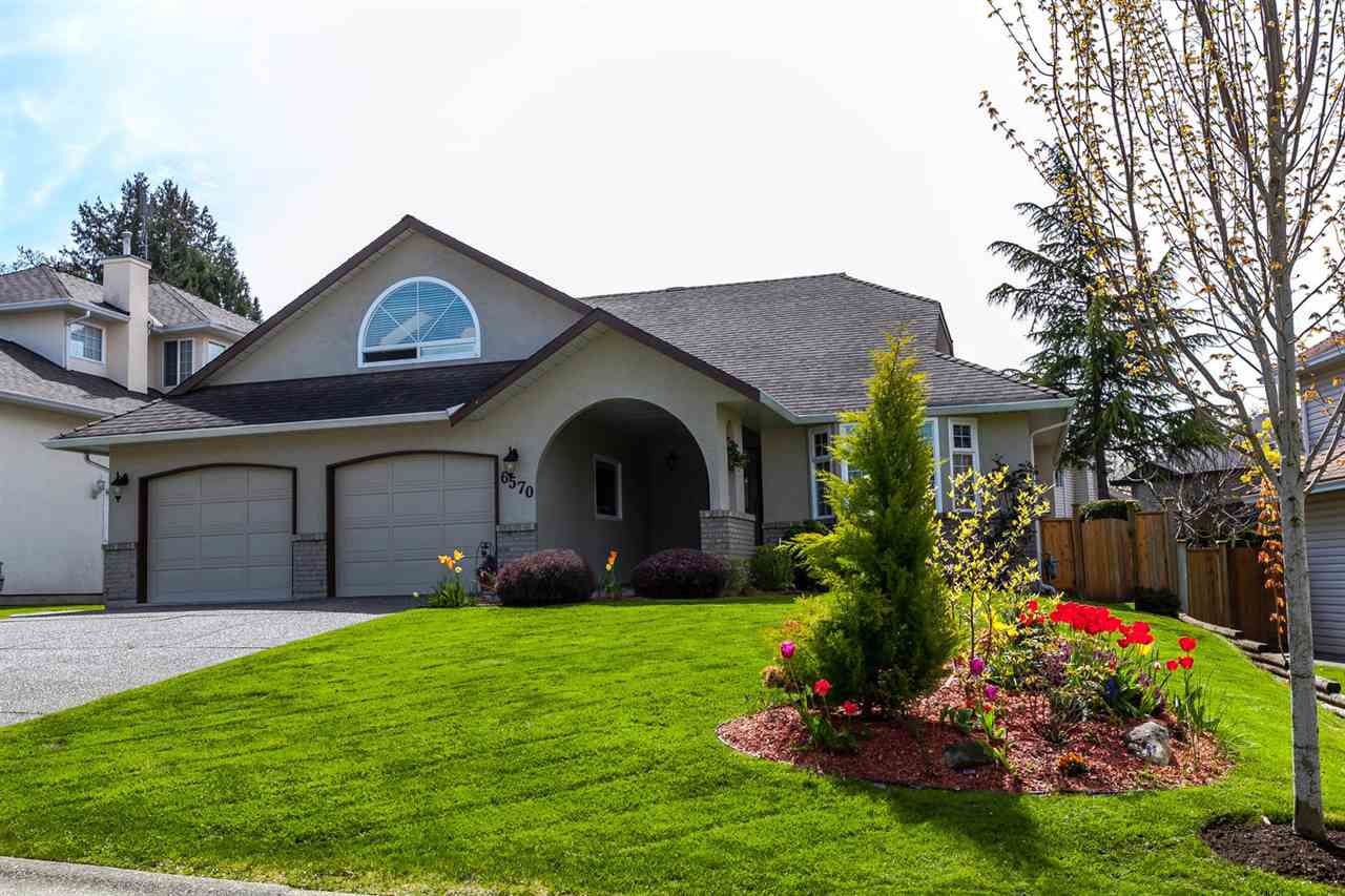 """Main Photo: 6570 CLAYTONHILL Place in Surrey: Cloverdale BC House for sale in """"Clayton hill Estates"""" (Cloverdale)  : MLS®# R2162259"""