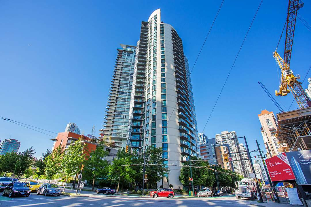 """Main Photo: 509 501 PACIFIC Street in Vancouver: Yaletown Condo for sale in """"THE 501"""" (Vancouver West)  : MLS®# R2187875"""