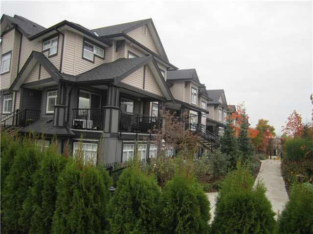 """Main Photo: 14 7428 14TH Avenue in Burnaby: Edmonds BE Condo for sale in """"KINGSGATE GARDENS"""" (Burnaby East)  : MLS®# R2197030"""