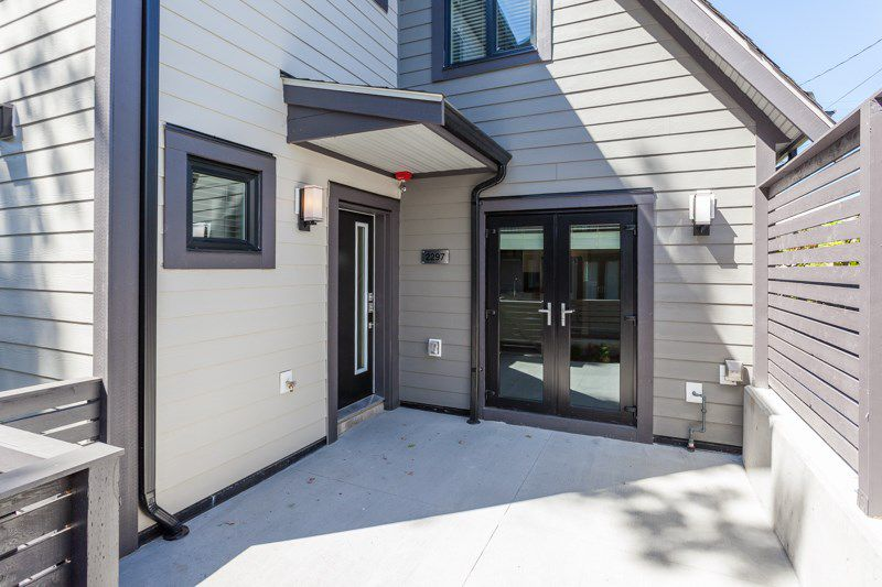 Main Photo: 2297 E 37TH Avenue in Vancouver: Victoria VE Townhouse for sale (Vancouver East)  : MLS®# R2210897
