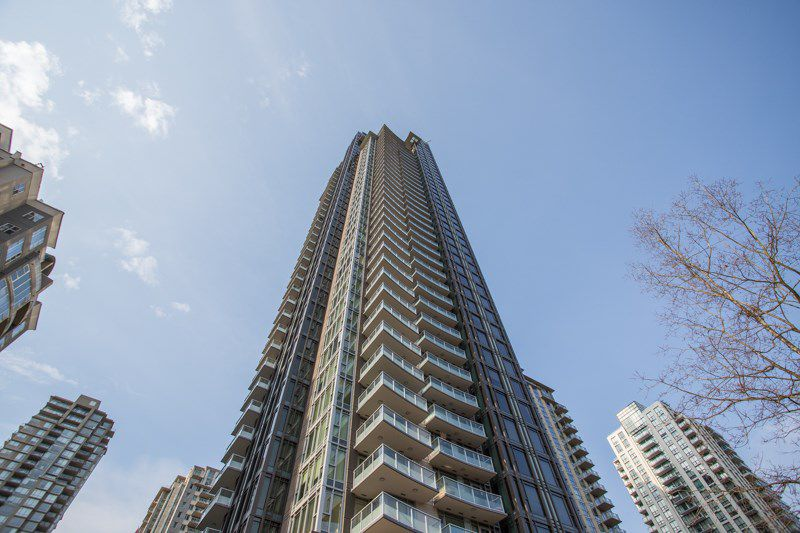 """Main Photo: 3903 1188 PINETREE Way in Coquitlam: North Coquitlam Condo for sale in """"M3"""" : MLS®# R2322872"""
