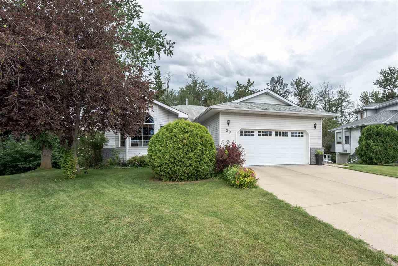 Main Photo: 30 Heartwood Lane: Stony Plain House for sale : MLS®# E4143541