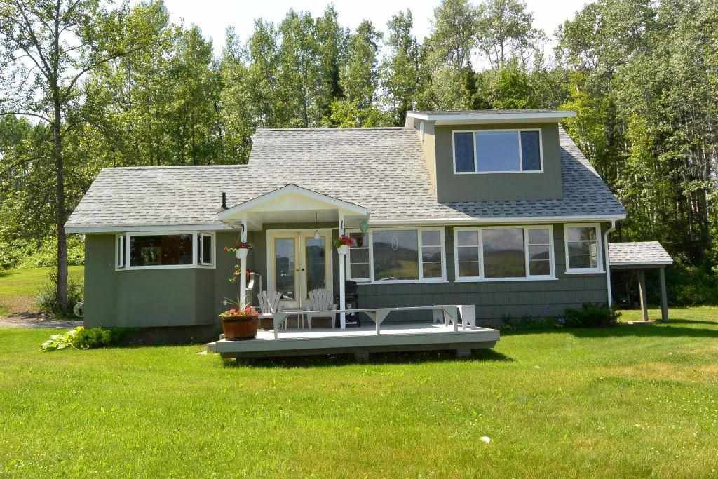 Main Photo: 6360 BERNIE Road in Smithers: Smithers - Rural House for sale (Smithers And Area (Zone 54))  : MLS®# R2385601