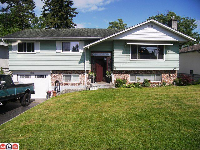 Main Photo: 1680 157TH Street in Surrey: King George Corridor House for sale (South Surrey White Rock)  : MLS®# F1114847