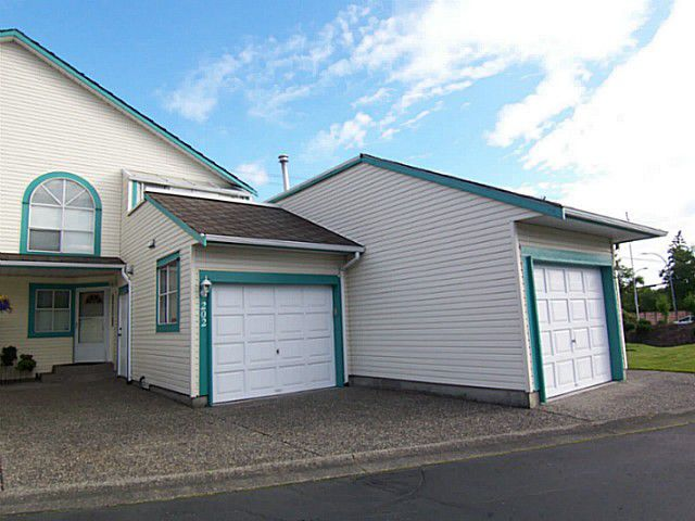 "Main Photo: 202 21937 48TH Avenue in Langley: Murrayville Townhouse for sale in ""ORANGEWOOD"" : MLS®# F1401058"