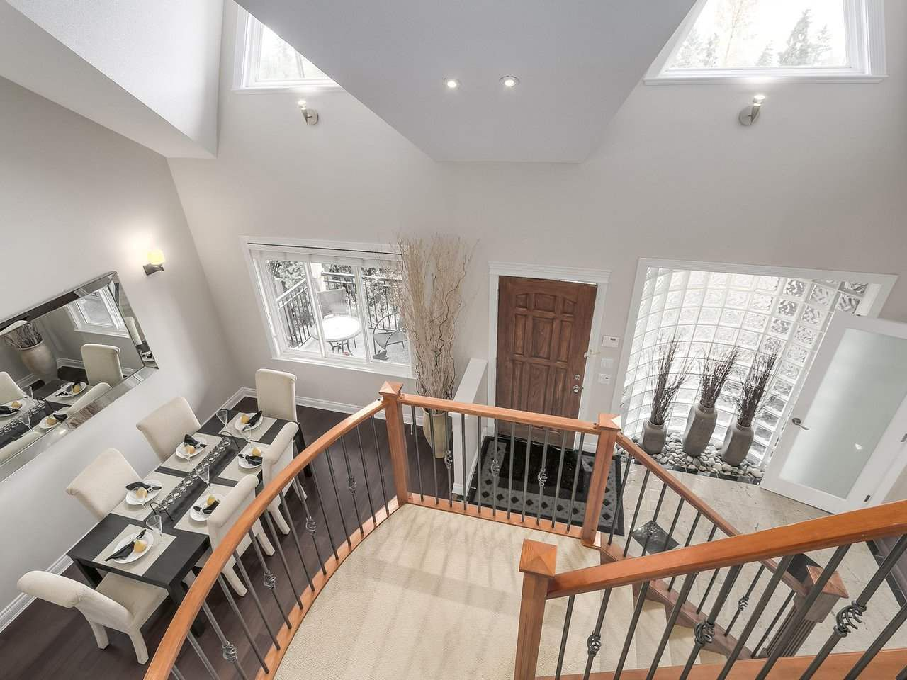 Photo 10: Photos: 658 E 4TH STREET in North Vancouver: Queensbury House for sale : MLS®# R2222993