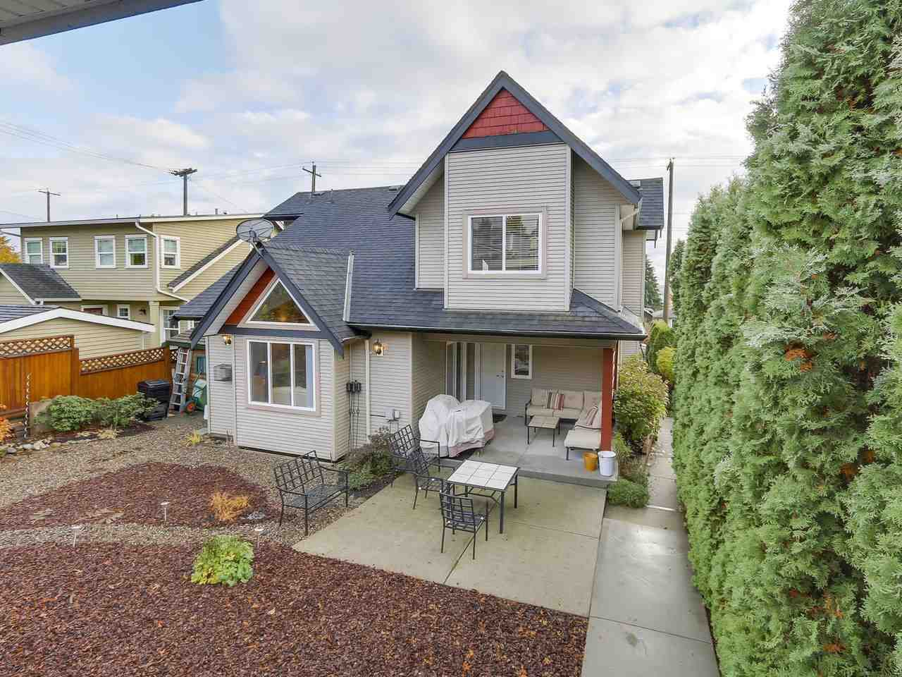 Photo 20: Photos: 658 E 4TH STREET in North Vancouver: Queensbury House for sale : MLS®# R2222993