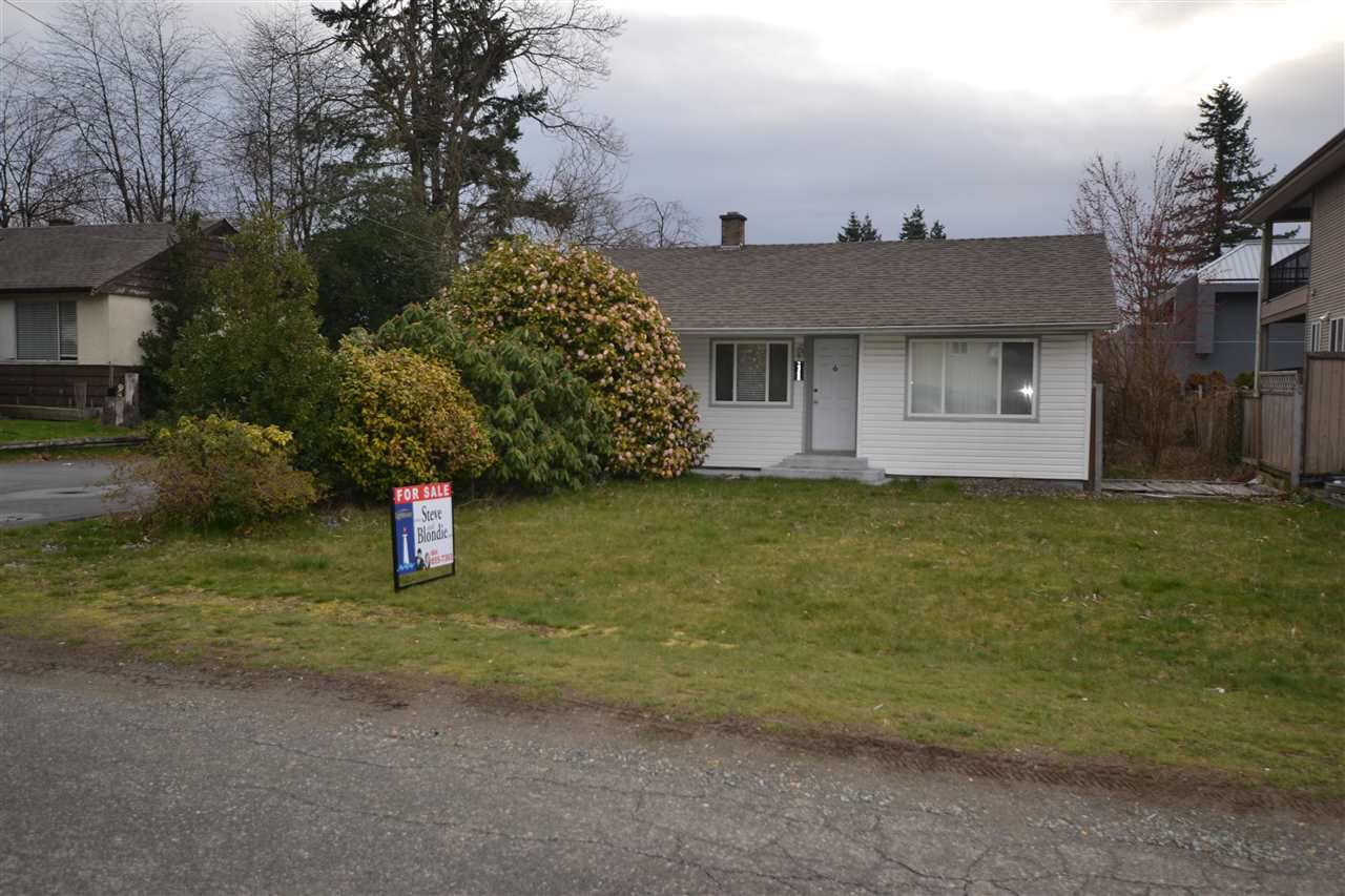 Main Photo: 2368 HOLLY Street in Abbotsford: Abbotsford West House for sale : MLS®# R2251371