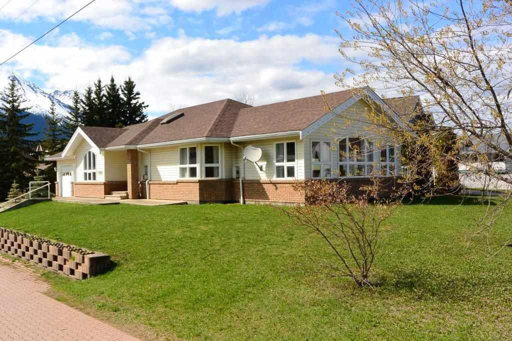 Main Photo: 1471 Bulkley Drive   Silverking Living in Smithers