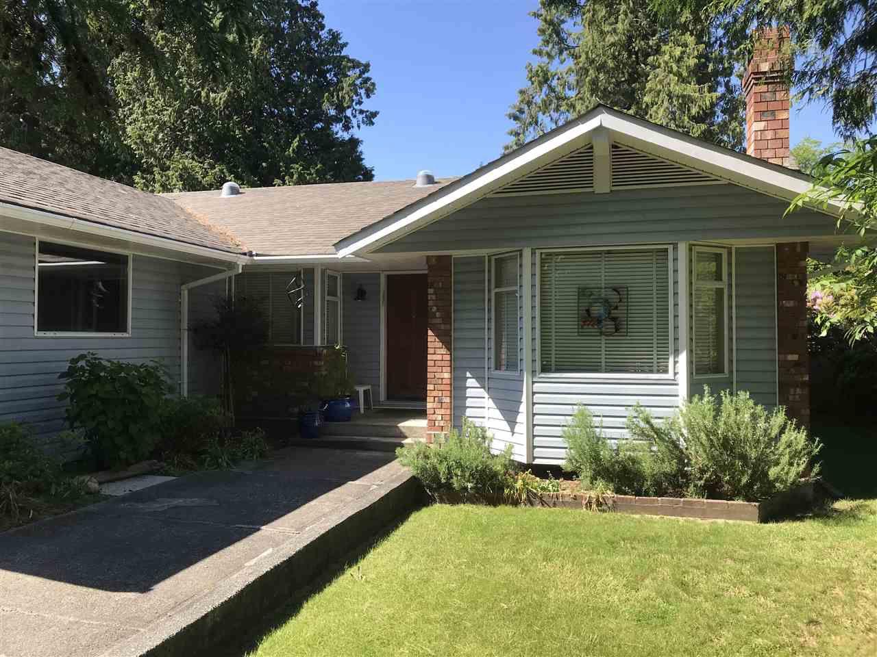 Main Photo: 7820 LOHN Road in Halfmoon Bay: Halfmn Bay Secret Cv Redroofs House for sale (Sunshine Coast)  : MLS®# R2272108