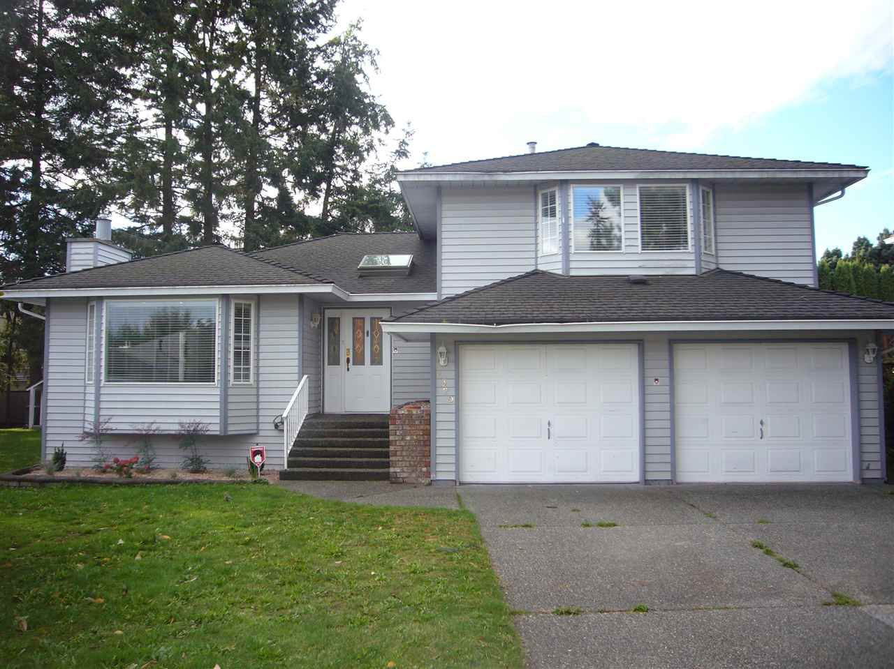 Main Photo: 2320 151A Street in Surrey: Sunnyside Park Surrey House for sale (South Surrey White Rock)  : MLS®# R2311116