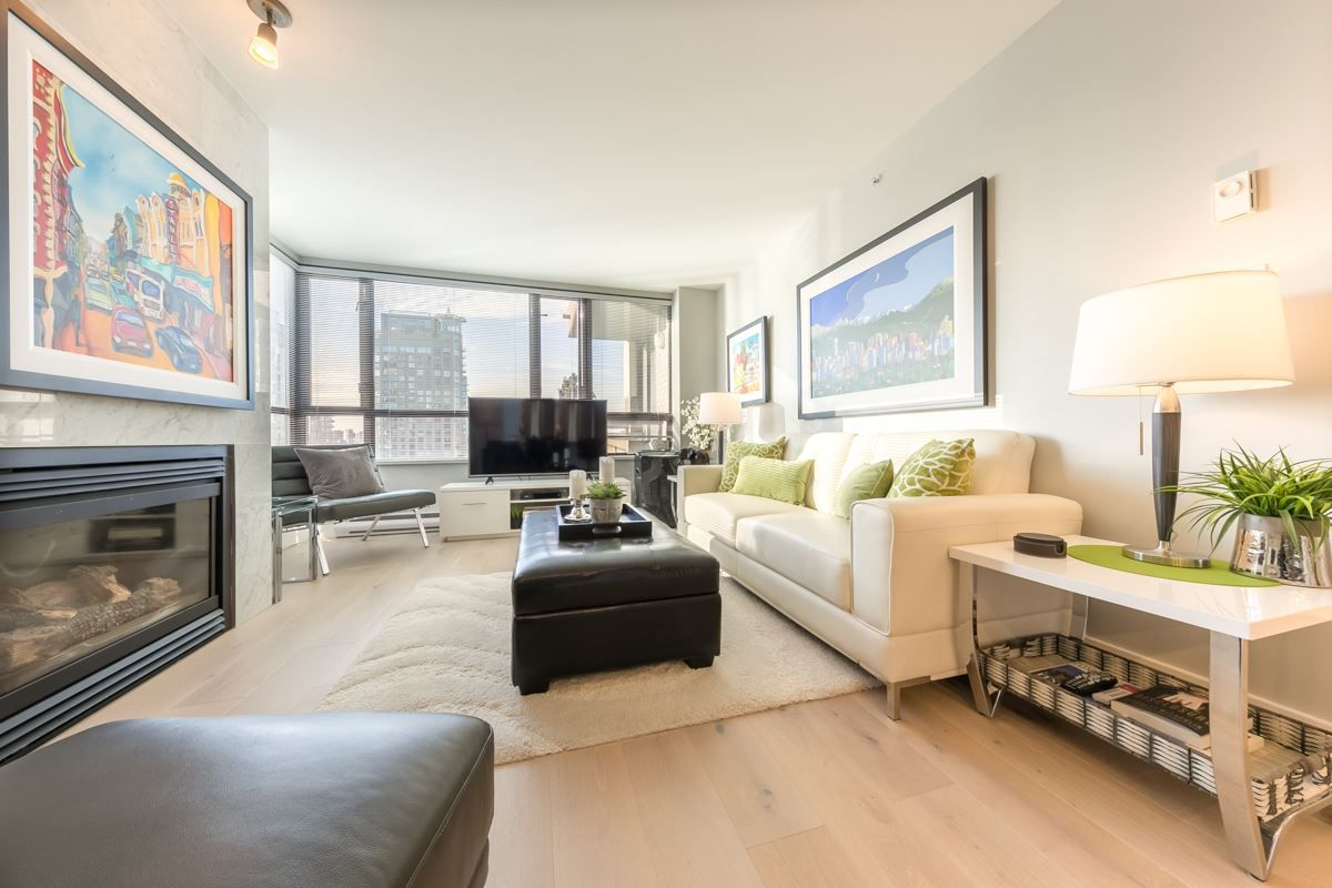 """Main Photo: 602 1003 PACIFIC Street in Vancouver: West End VW Condo for sale in """"SEASTAR"""" (Vancouver West)  : MLS®# R2329936"""