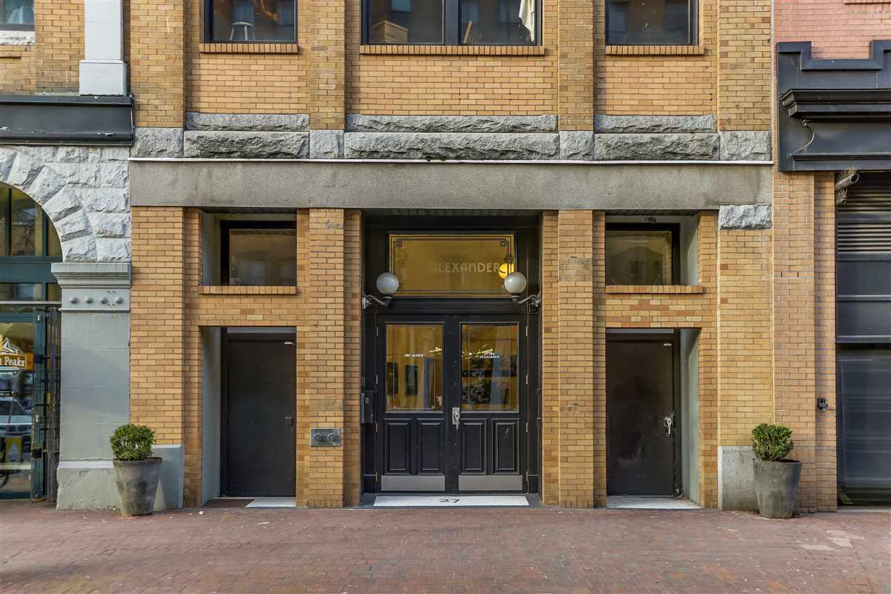 """Main Photo: 705 27 ALEXANDER Street in Vancouver: Downtown VE Condo for sale in """"The Alexis"""" (Vancouver East)  : MLS®# R2345548"""
