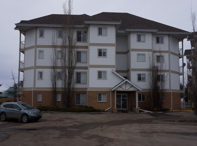 Main Photo: 203 9930 100 Avenue: Fort Saskatchewan Condo for sale : MLS®# E4149836