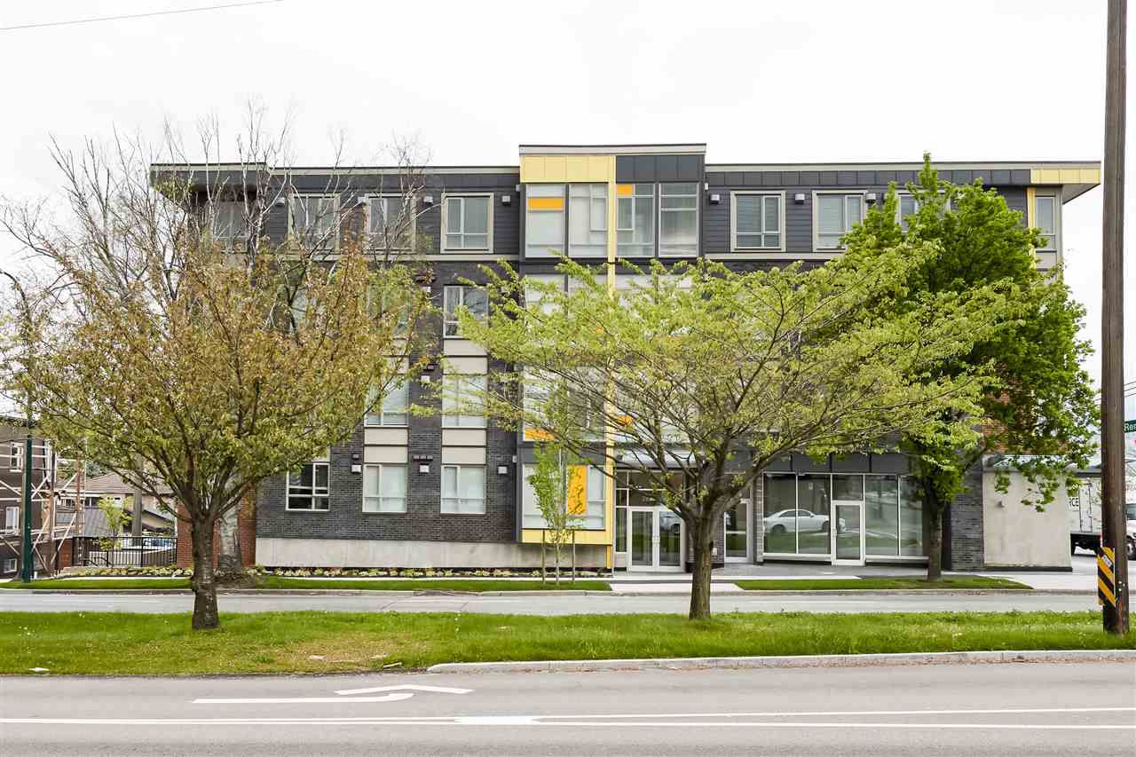 Main Photo: 205 2889 E 1ST Avenue in Vancouver: Renfrew VE Condo for sale (Vancouver East)  : MLS®# R2367882