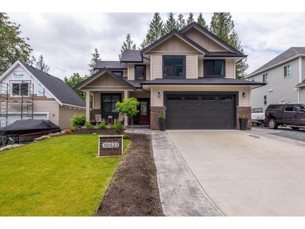 Main Photo: 50323 SIENNA Avenue in Chilliwack: Eastern Hillsides House for sale : MLS®# R2370269
