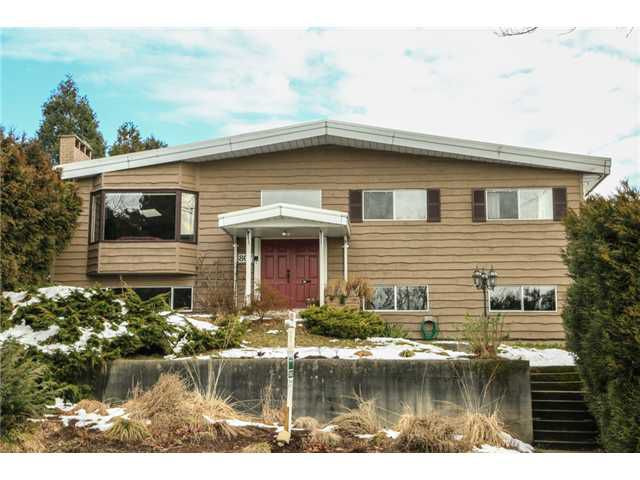 """Main Photo: 807 CUMBERLAND Street in New Westminster: The Heights NW House for sale in """"VICTORY HEIGHTS"""" : MLS®# V1033849"""