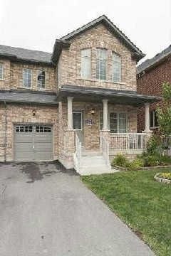 Main Photo: 303 Dalgleish Gardens in Milton: Scott House (2-Storey) for sale : MLS®# W2864013