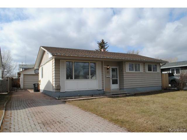 Main Photo: 82 Deloraine Drive in WINNIPEG: Westwood / Crestview Residential for sale (West Winnipeg)  : MLS®# 1502960