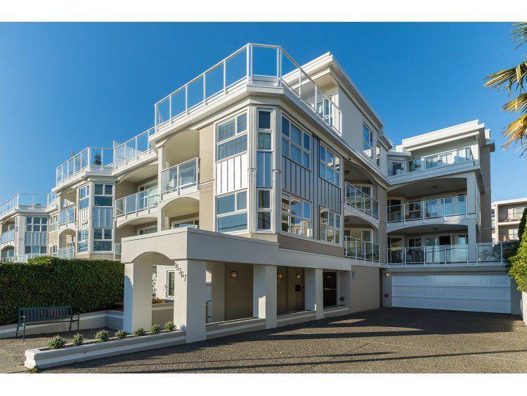 """Main Photo: 302 15367 BUENA VISTA Avenue: White Rock Condo for sale in """"The Palms"""" (South Surrey White Rock)  : MLS®# R2014282"""