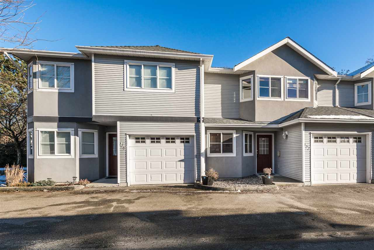 """Main Photo: 127 22950 116 Avenue in Maple Ridge: East Central Townhouse for sale in """"Bakerview Terrace"""" : MLS®# R2130840"""