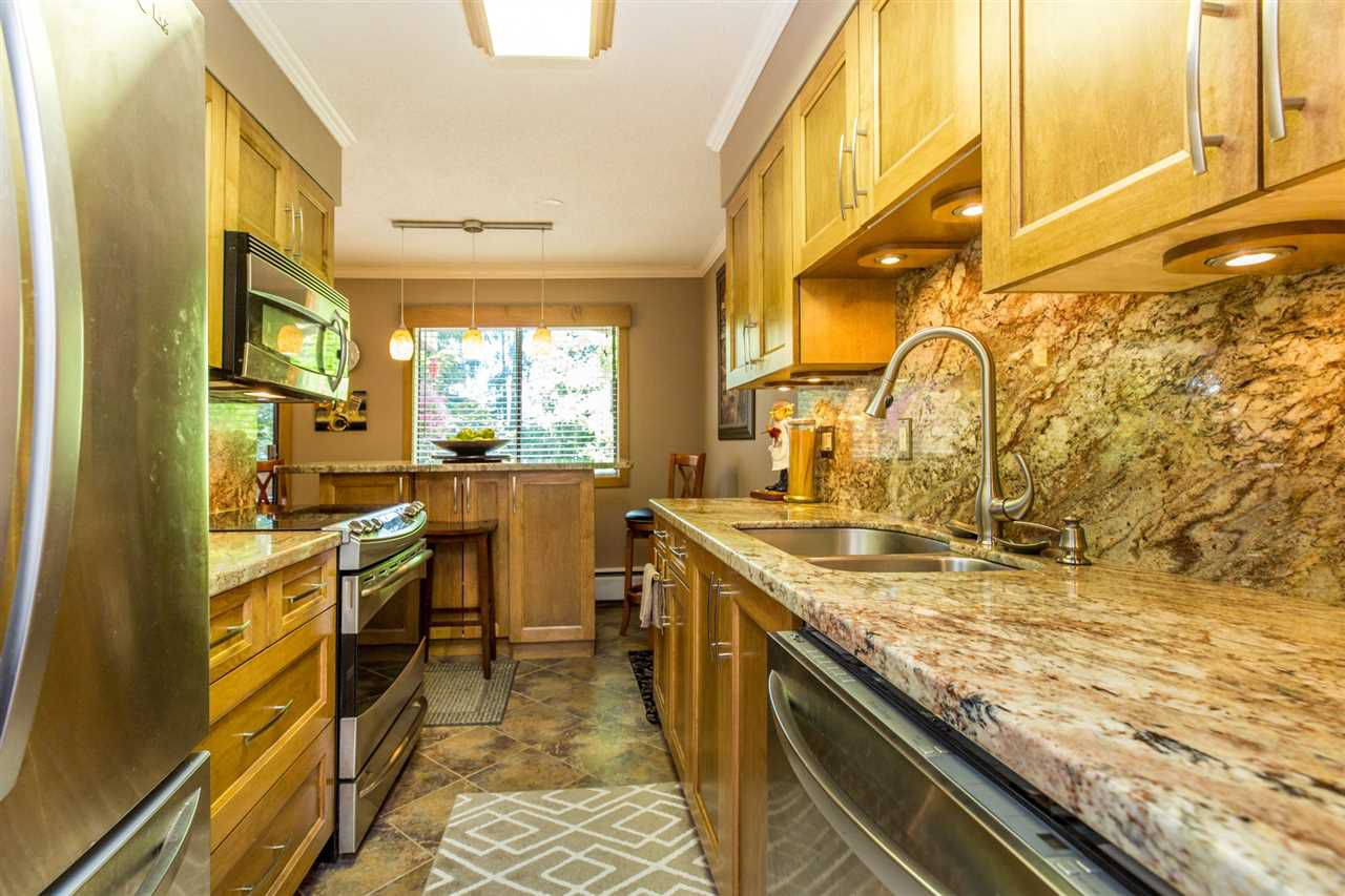 """Main Photo: 34 2431 KELLY Avenue in Port Coquitlam: Central Pt Coquitlam Condo for sale in """"ORCHARD VALLEY"""" : MLS®# R2174697"""