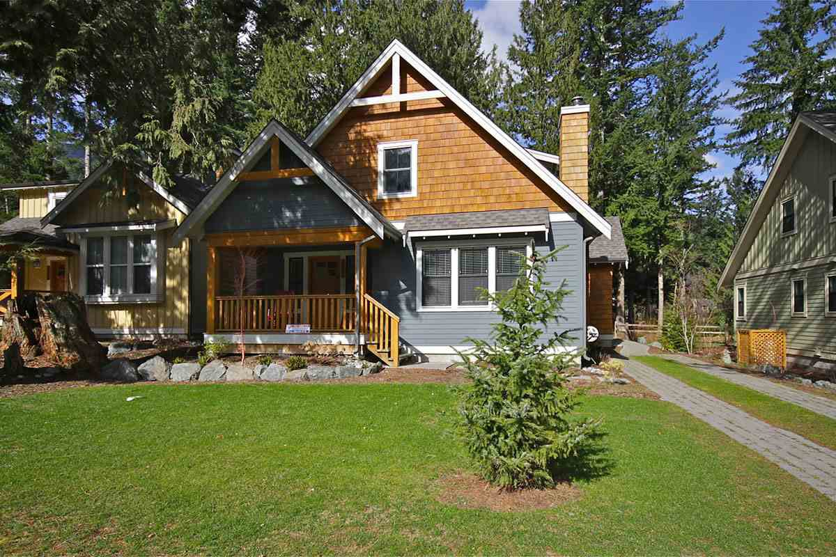 "Main Photo: 43551 COTTON TAIL Crossing: Lindell Beach House for sale in ""THE COTTAGES AT CULTUS LAKE"" (Cultus Lake)  : MLS®# R2217617"