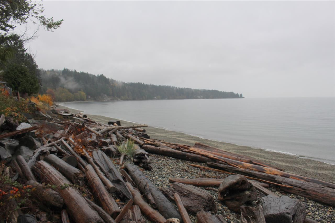"""Photo 18: Photos: 2027 CASSIDY Road: Roberts Creek House for sale in """"CLOSE TO CAMP BYNG"""" (Sunshine Coast)  : MLS®# R2223864"""