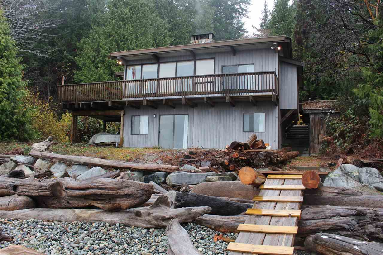 """Photo 2: Photos: 2027 CASSIDY Road: Roberts Creek House for sale in """"CLOSE TO CAMP BYNG"""" (Sunshine Coast)  : MLS®# R2223864"""