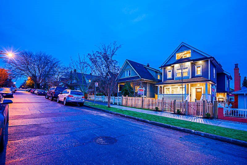 Main Photo: 1371 E 13TH Avenue in Vancouver: Grandview VE House 1/2 Duplex for sale (Vancouver East)  : MLS®# R2230733